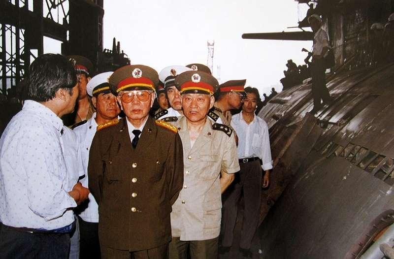 中國航母之父劉華清曾說,中國不建航母,他死不瞑目。
