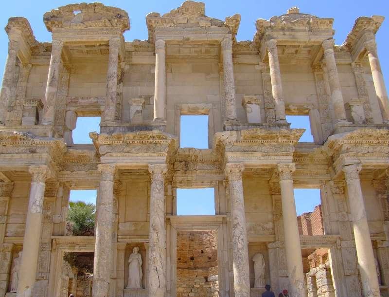 土耳其以弗所的塞爾蘇斯圖書館(Wikipedia/Public Domain)