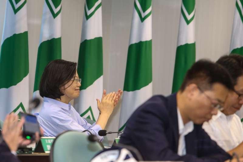 總統、民進黨主席蔡英文,出席20180808-民進黨中常會。(陳明仁攝)