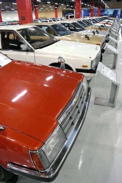 現場陳列450輛以上日產往年的車輛=攝於8月8日(潮日本提供)