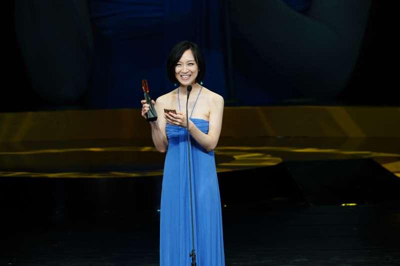 20180811-第29屆傳藝金曲獎頒獎典禮11日晚間於台灣戲曲中心舉行,最佳宗教音樂專輯獎則由風潮音樂的《再見再見》摘下,歌手史茵茵表示,這是在禱告中完成的專輯。(國立傳統藝術中心提供)