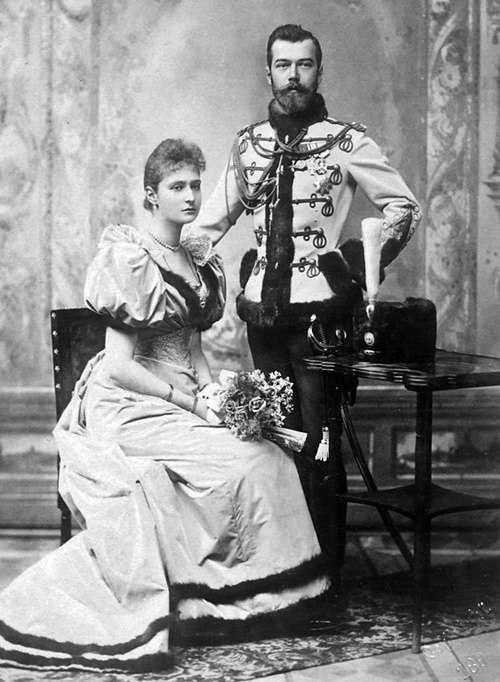 尼古拉二世夫婦(圖/維基百科)