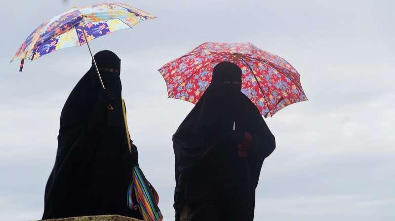 前英國外交大臣強森汙辱穆斯林女性是「信箱」與「銀行搶匪」,導致英國穆斯林婦女受到辱罵的例子激增(AP)