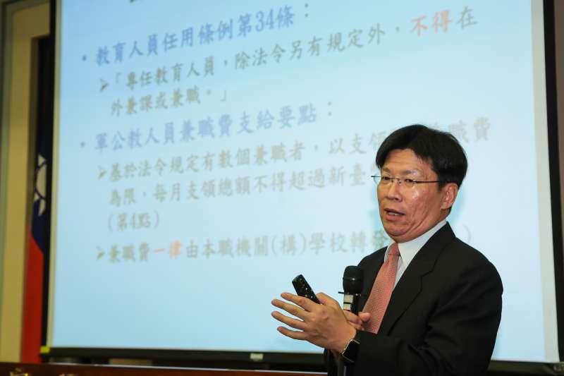 20180816-監察委員高涌誠16日針對台大校長遴選引發爭議,對教育部及台大提出糾正。(顏麟宇攝)