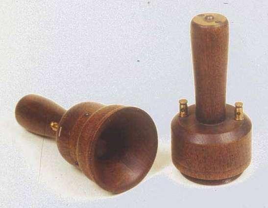 安東尼奧·穆齊發明的電話(圖/維基百科)