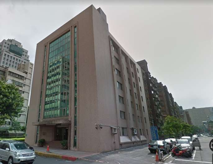 國民黨智庫「國家政策研究基金會」建築物大樓已於十一月被查封。(取自Google Map)