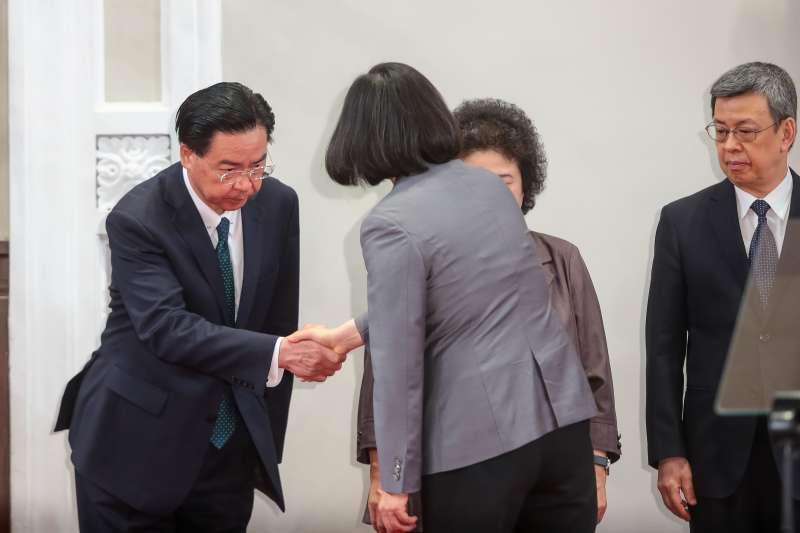 20180821-外交部長吳釗燮21日出席總統蔡英文針對與薩爾瓦多斷交後談話記者會。(顏麟宇攝)