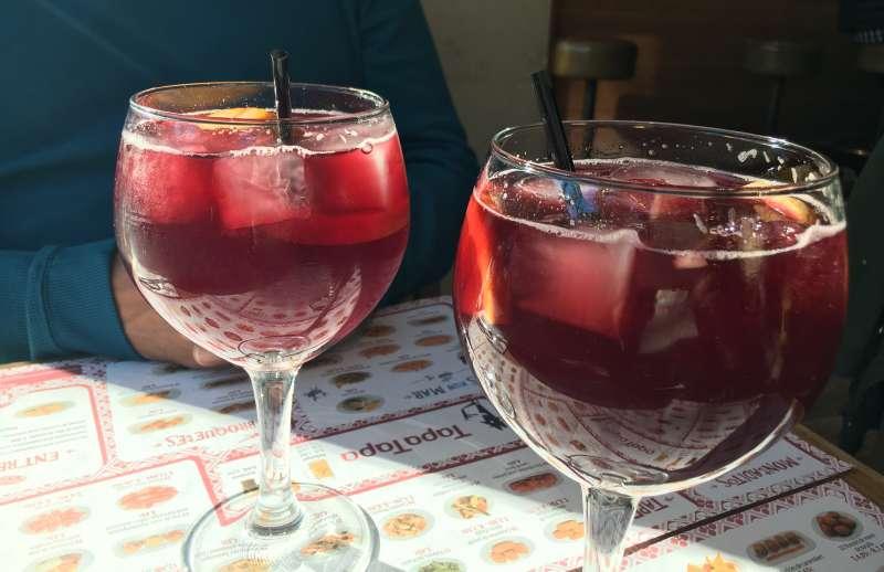 紅酒可樂 Kalimotxo相當適合作為派對酒!(圖/Flickr@julie corsi)