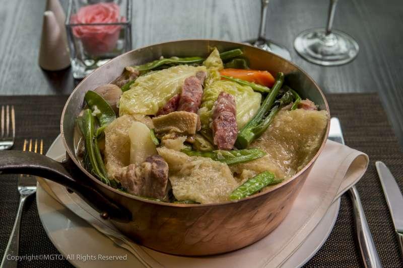 大雜燴是土生葡人冬季過節必吃的料理。(圖/澳門旅遊局)