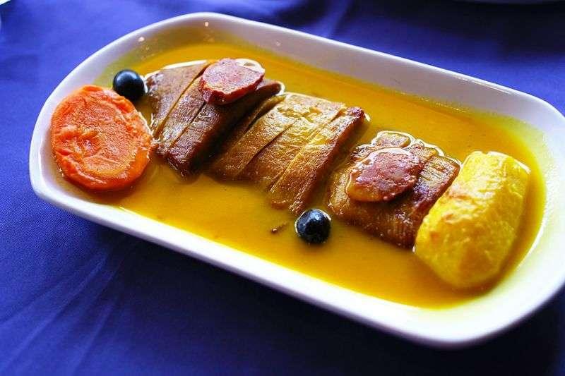 黃薑粉豬肉很適合直接配飯吃或夾在麵包裡。(圖/澳門旅遊局)
