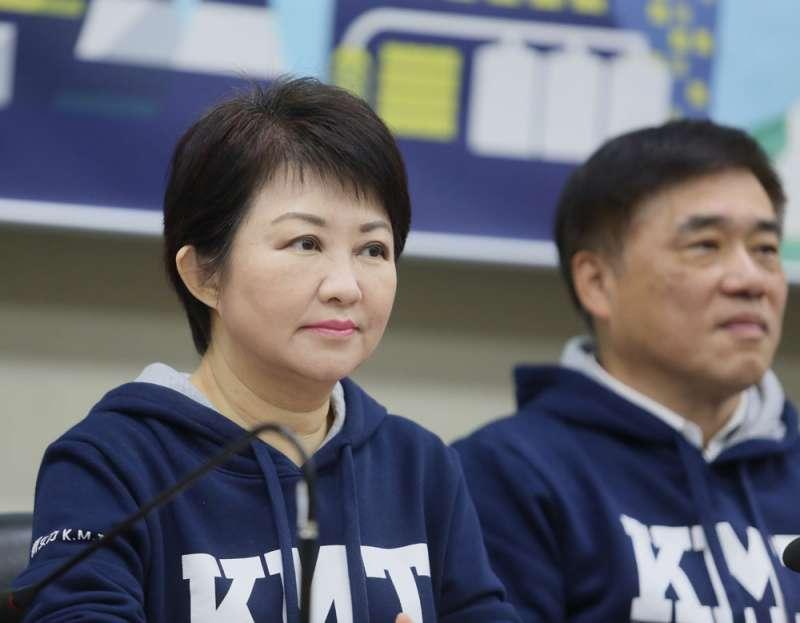 國民黨認為盧秀燕(左)的海線劣勢逐漸消除。(柯承惠攝)