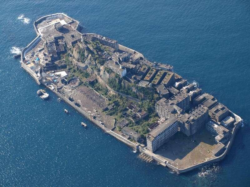 (圖/有世界十大鬼城之一的軍艦島,面積相當狹小,人口數竟曾達到5200人 kntrty@flickr)