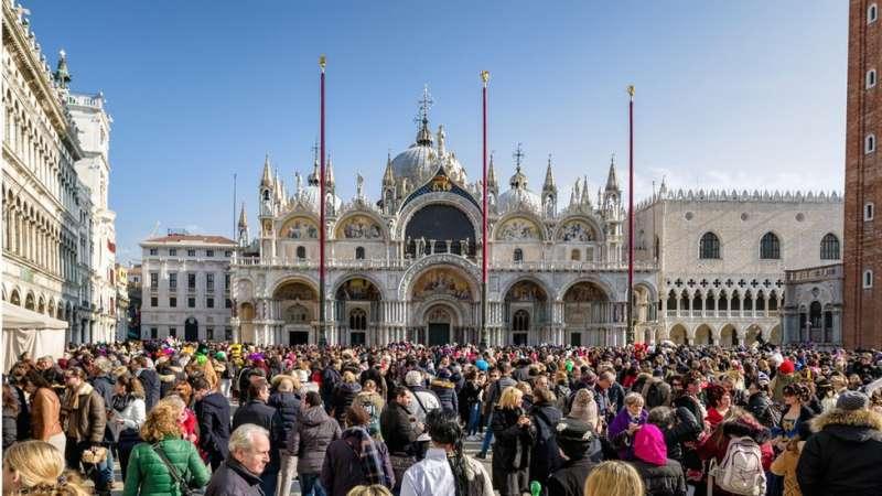 義大利威尼斯每年接待來自世界各地的遊客數以千萬計。(圖/BBC中文網)