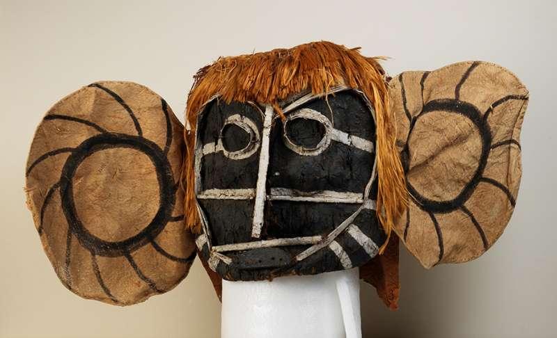 巴西原住民慶典用的面具,過去曾輾轉流傳於歐洲傳教士、私人收藏家手中。(巴西國家博物館提供)