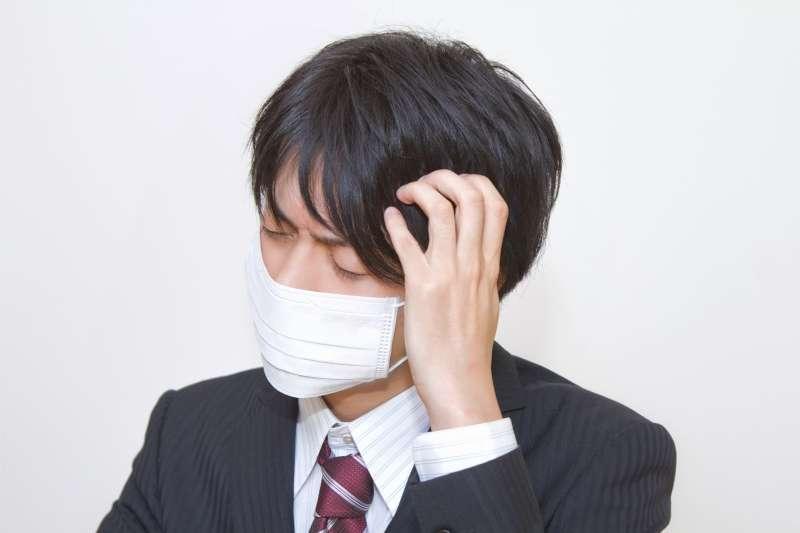 中醫認為五臟之間息息相關,當器官運作失衡,身體的正氣逐漸「洩氣」,防衛系統出現小破綻,外邪便不愁沒機會趁虛而入。(示意圖非本人/pakutaso)