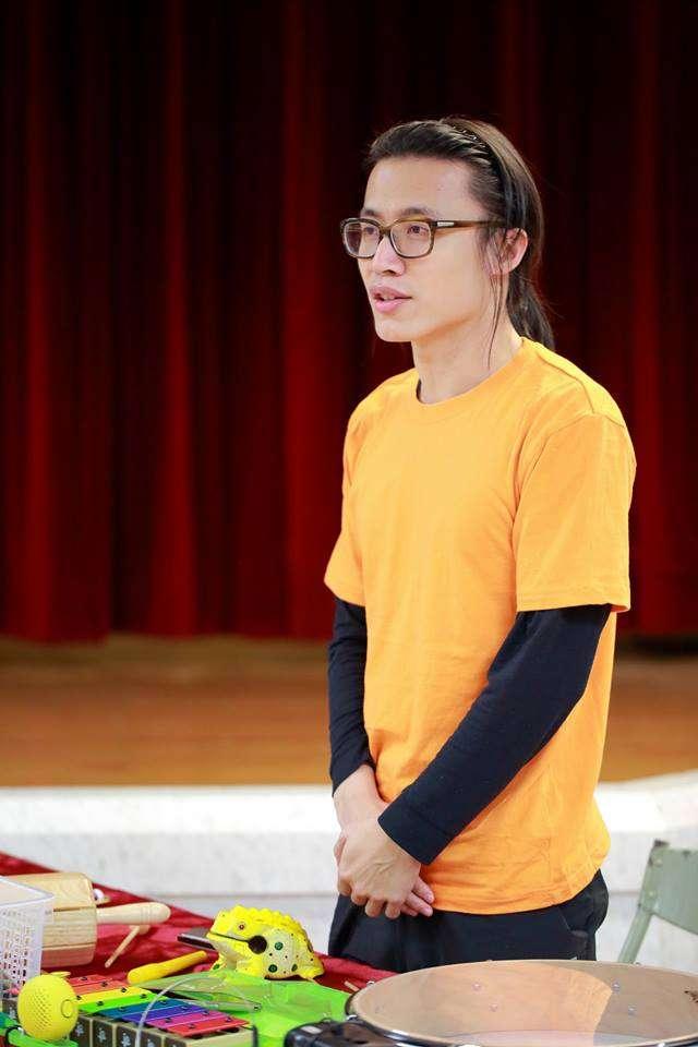 20160117_「三語事劇場」團長黃有事。(翻攝黃有事臉書)