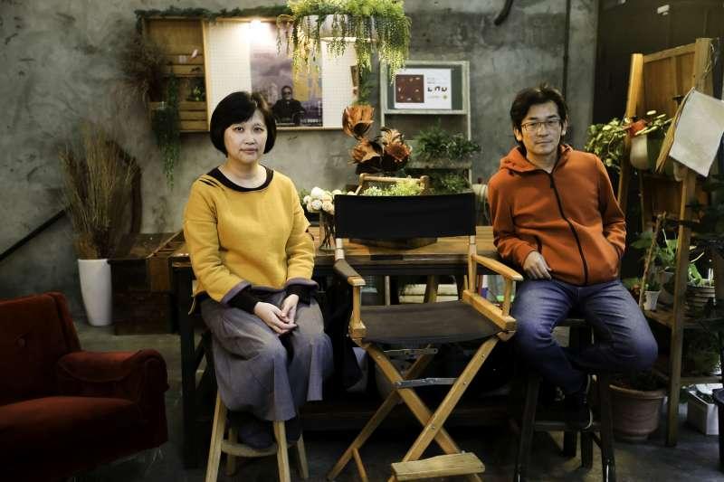 魏德聖(右)日前也跨刀獻聲動畫電影「幸福路上」,該片導演宋欣穎(左)談起兩人的合作淵源,其實是來自於魏德聖的執導電影「七月天」。(圖/文化+)