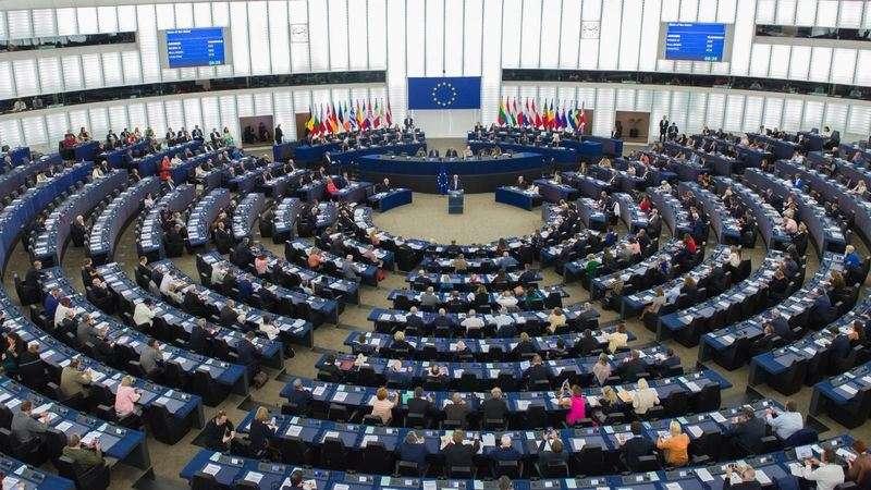 歐洲議會12日在位於法國史特拉斯堡的總部舉行全會,通過「歐中關係」報告批評中國日趨獨裁、升高兩岸緊張,呼籲歐盟及會員國全力遏止中國軍事挑釁台灣。(翻攝歐洲議會推特twitter.com/Europarl_EN)