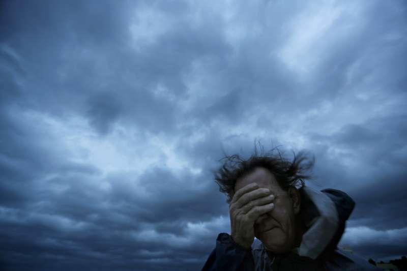 佛羅倫斯颶風往南卡羅萊納州前進,濱海城市「美特爾海灘」風雨欲來(AP)