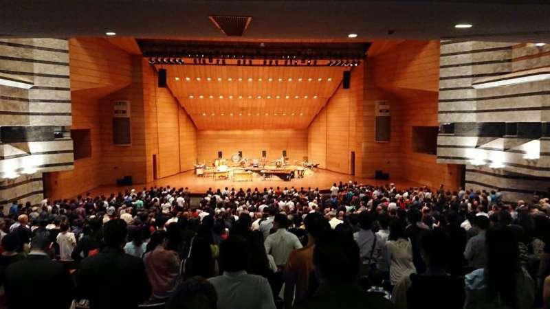 朱宗慶打擊樂團首赴泰國巡演,現場迴響熱烈、安可聲不斷,最後加演兩首安可曲。(朱宗慶打擊樂團提供)