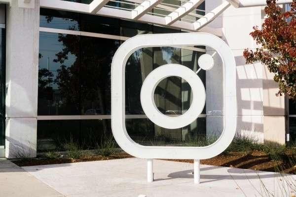 隨著兩位創辦人的離去,Instagram 還能夠維持不變調的魅力嗎?(圖∕取自shutterstock,數位時代提供)