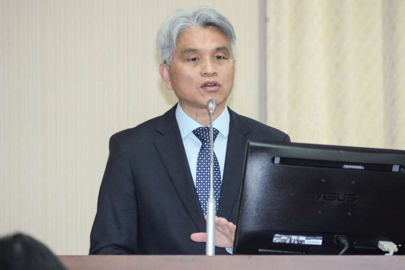 20181001-立法院內政委員會,中選會主委陳英鈐答詢。(甘岱民攝)