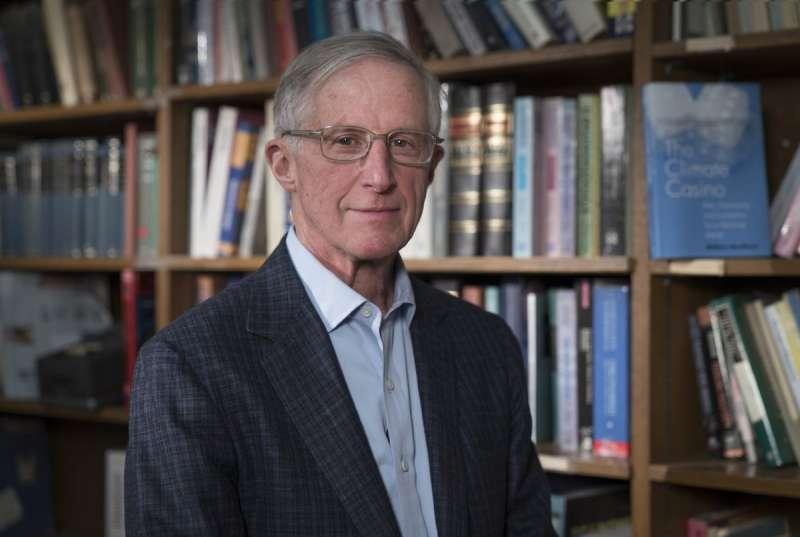 2018年諾貝爾獎得主:耶魯大學經濟系教授諾德豪斯。