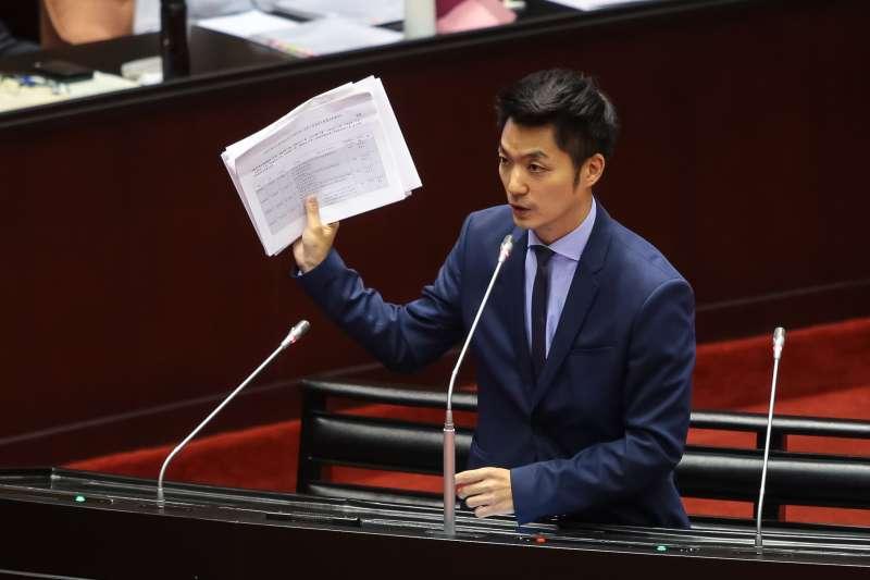 20181009-國民黨立委蔣萬安9日於立院質詢。(顏麟宇攝)