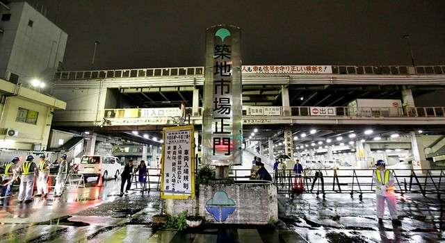 築地市場的入口處設置了柵欄(圖/潮日本)