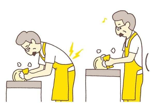 有些人在煮飯或洗碗時也容易低頭、彎腰,因此挑選適合自己高度的流理台就相對重要,不過流理台高度不容易說改就改。(圖/華人健康網提供)