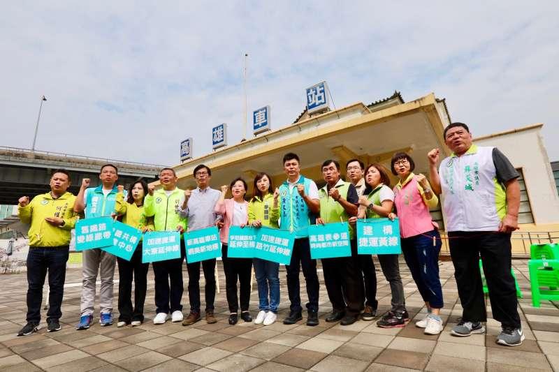 20181012-高雄車站願景館。(圖/陳其邁辦公室提供)