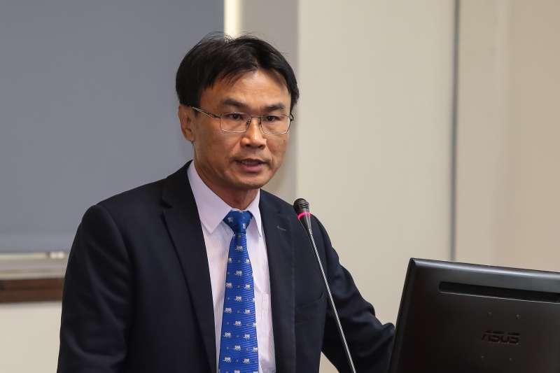20181018-農委會副主委陳吉仲18日於經濟委員會備詢。(顏麟宇攝)