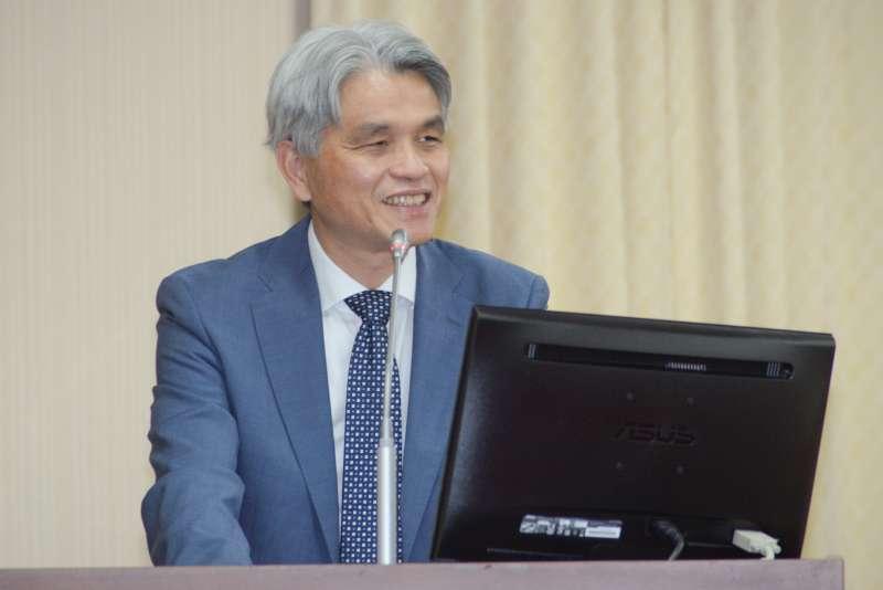 20181022-立法院內政委員會,中選會主委陳英鈐答詢。(甘岱民攝)