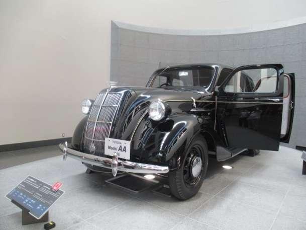 1936豐田第一部轎車。(圖/想想論壇)