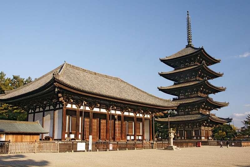 奈良.興福寺.五重塔.東金堂(圖/維基百科)