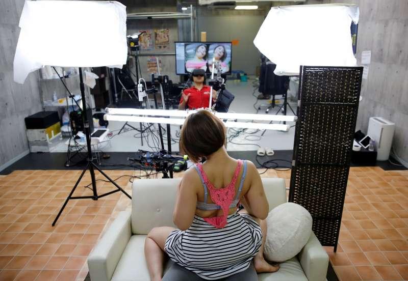 日本AV業配合科技發展,拍攝VR影片,希望挽救頹勢(圖/CUP*提供)