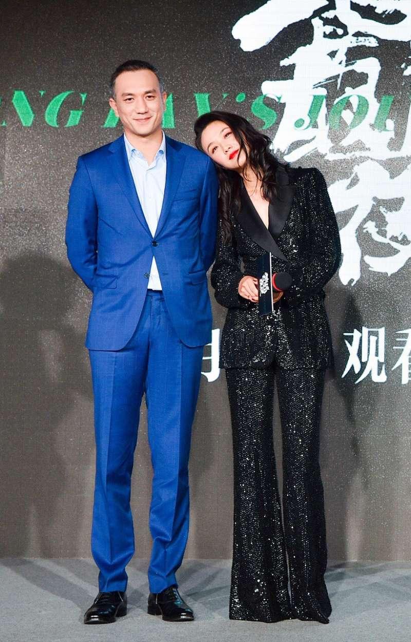20181031_《地球最後的夜晚》演員黃覺(左)、湯唯(右)。(甲上娛樂提供)