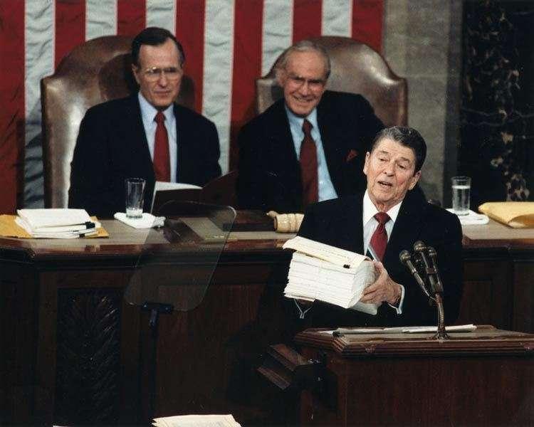 1988年的美國總統雷根(圖/文化+)