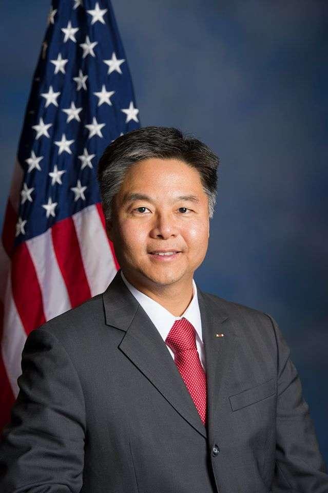 首位在台灣出生的美國聯邦眾議員劉雲平(Ted Lieu)。(Wikipedia/ Public Domain)