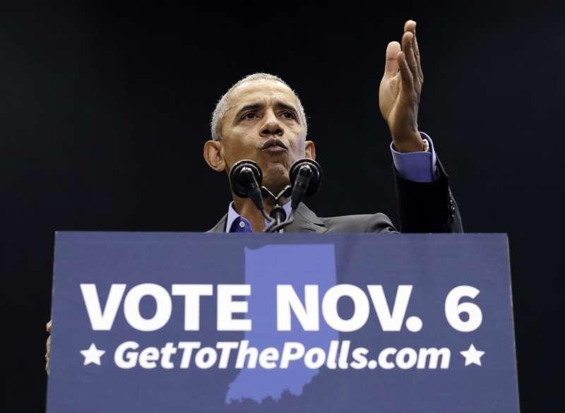 2018美國期中選舉超級星期天,前總統歐巴馬在印第安納州造勢。(美聯社)