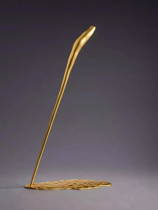 神之棄物 ‧ 雲簪一 2018 銅雕。(圖/台北亞洲藝術中心提供)