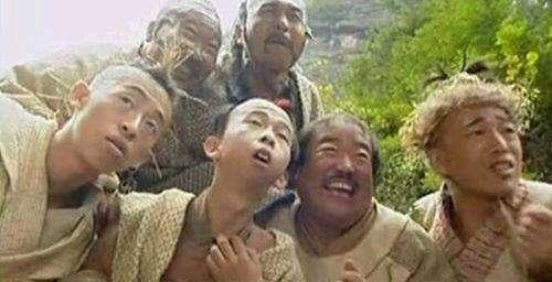張紀中版《笑傲江湖》中的桃穀六仙(圖/澎湃新聞提供)