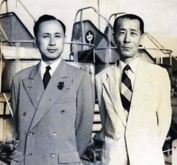 porno:圖一:民國36年(1947年)9月27日,王助與有──「中國(大陸)航天之父」和「火箭之王」的錢學森(1911~2009)於上海龍華機場合影。(作者提供)