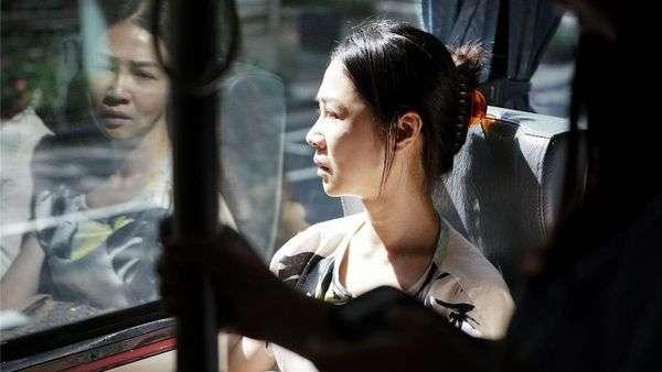 謝盈萱在劇中飾演一位有中年危機的婦女,演技精湛的呈現出中年的不安全感。(圖/老子不負責任電影文)