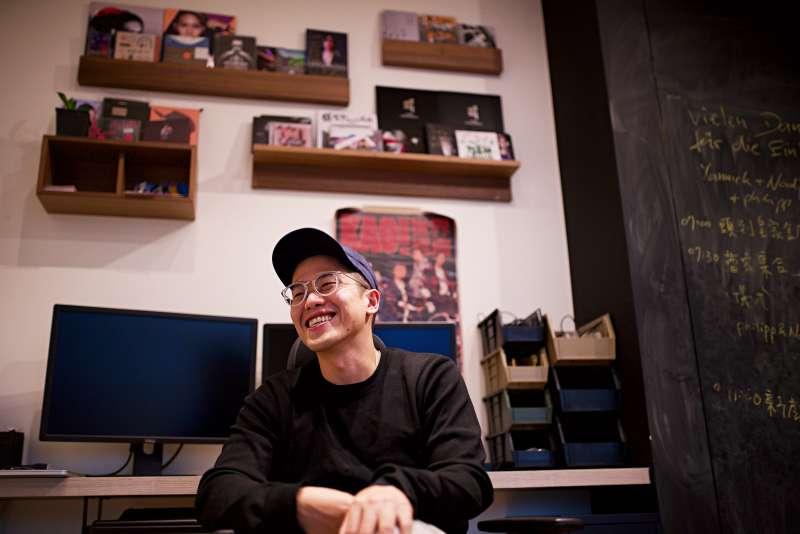 許智彥的笑容像個大男孩,套句現代流行的話,陽光。(圖/攝影鄭采綸)