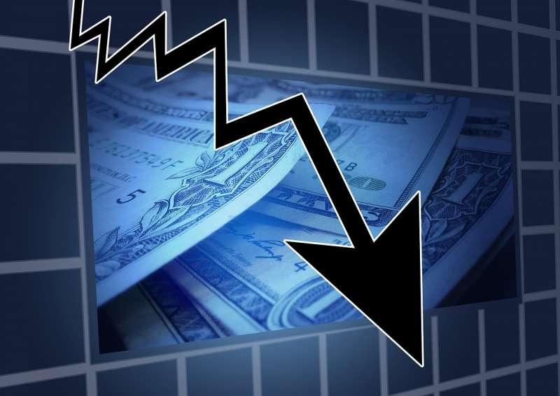 金融海嘯、金融危機、股票下跌(取自pixabay)