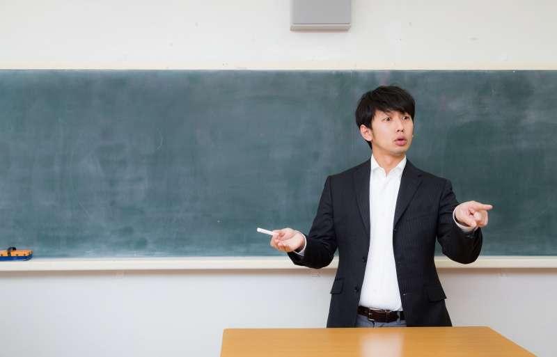 這位數學老師,靠什麼方法成為股市神手呢?(示意圖/pakutaso)