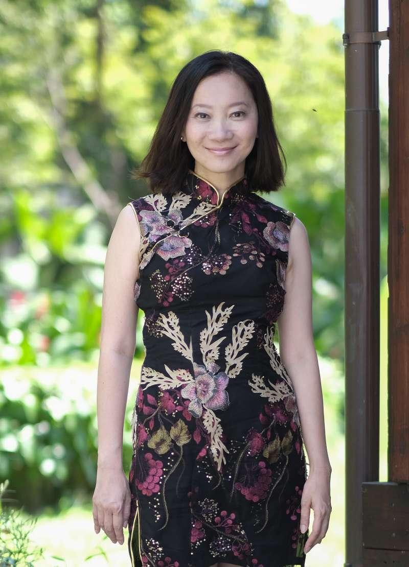 第19屆臺北文學年金類得主李維菁,圖為其2017年10月參與文訊雜誌企劃特輯時留影。(文訊雜誌社提供、林永昌攝)
