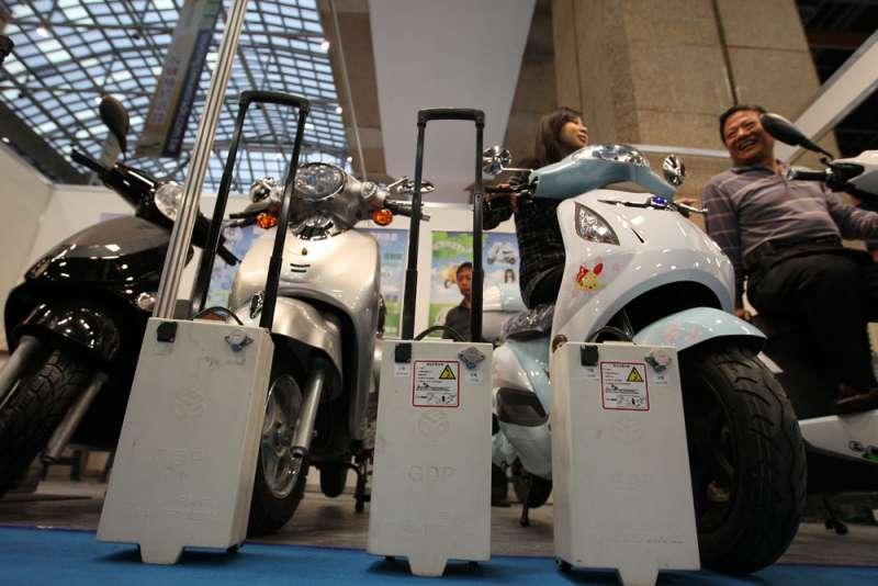電動車的充換電系統是占研成本相當高的一部分。(新新聞資料照)