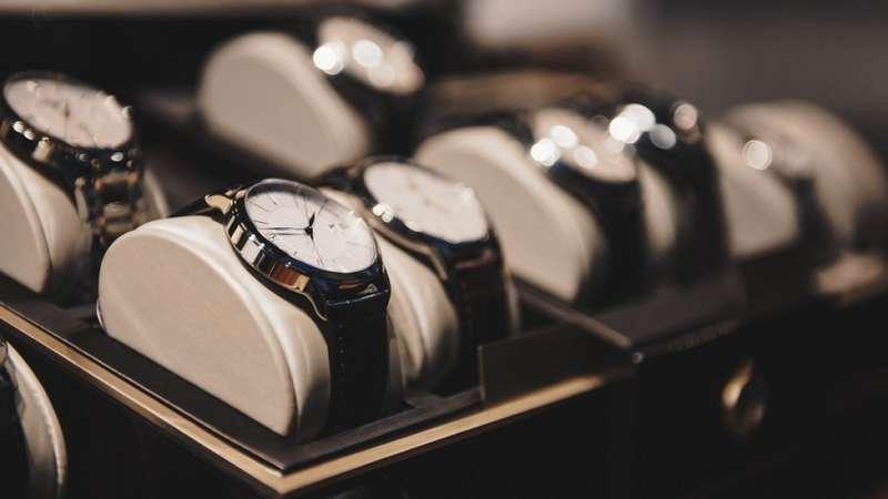 如果你想要買奢侈品,現在可能是不錯的時機。(圖/BBC中文網)